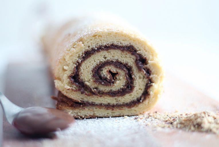 Recette du roulé au Nutella et éclats de noisettes sur fannyalbx.com